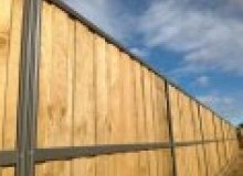 Kwikfynd Lap and Cap Timber Fencing abergowrie